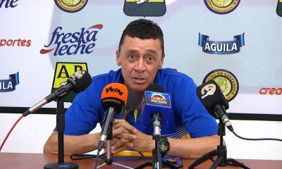 Carlos Mario Hoyos fue cesado de sus funciones en el Atl. Bucaramanga