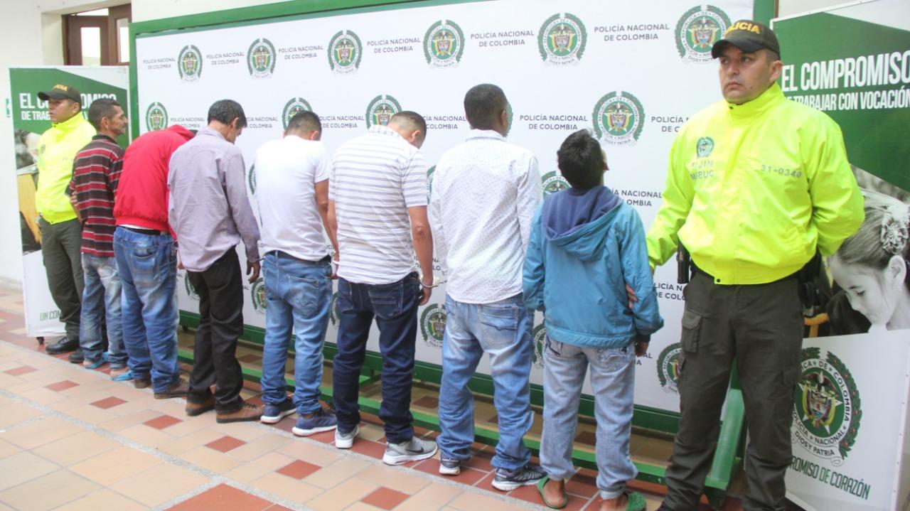 """Detenidos """"Los Lobos"""", atracaban a adultos mayores en el centro de Bucaramanga."""