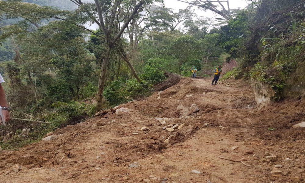 En riesgo comunidad de Simacota por fuertes lluvias