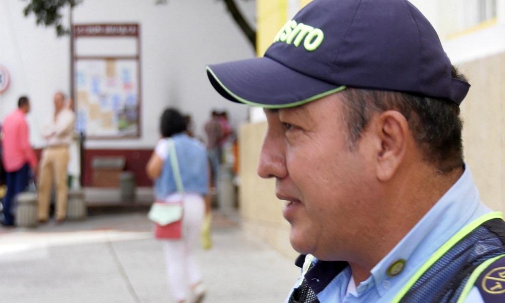 El presidente del sindicato de alféreces de Bucaramanga retó al Alcalde